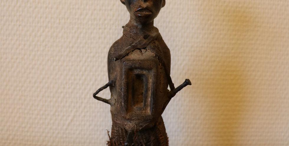 CONGO, Kongo, fétiche Nkisi en bois et fer, 21 cm