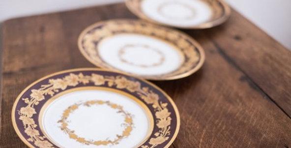 3 assiettes en Porcelaine de Paris, marquées DAGOTY, époque Empire