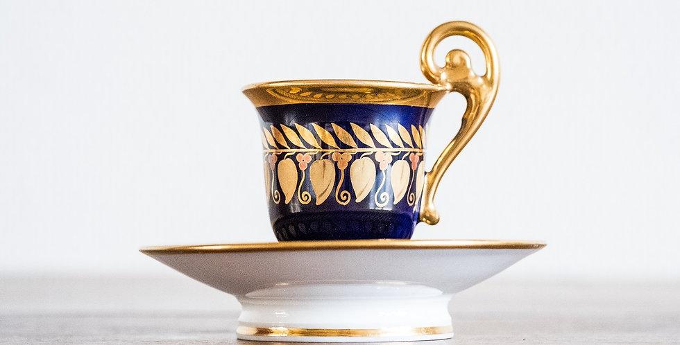 Tasse et sa sous-tasse en porcelaine de Paris bleu et or, estampillée DARTE,19me
