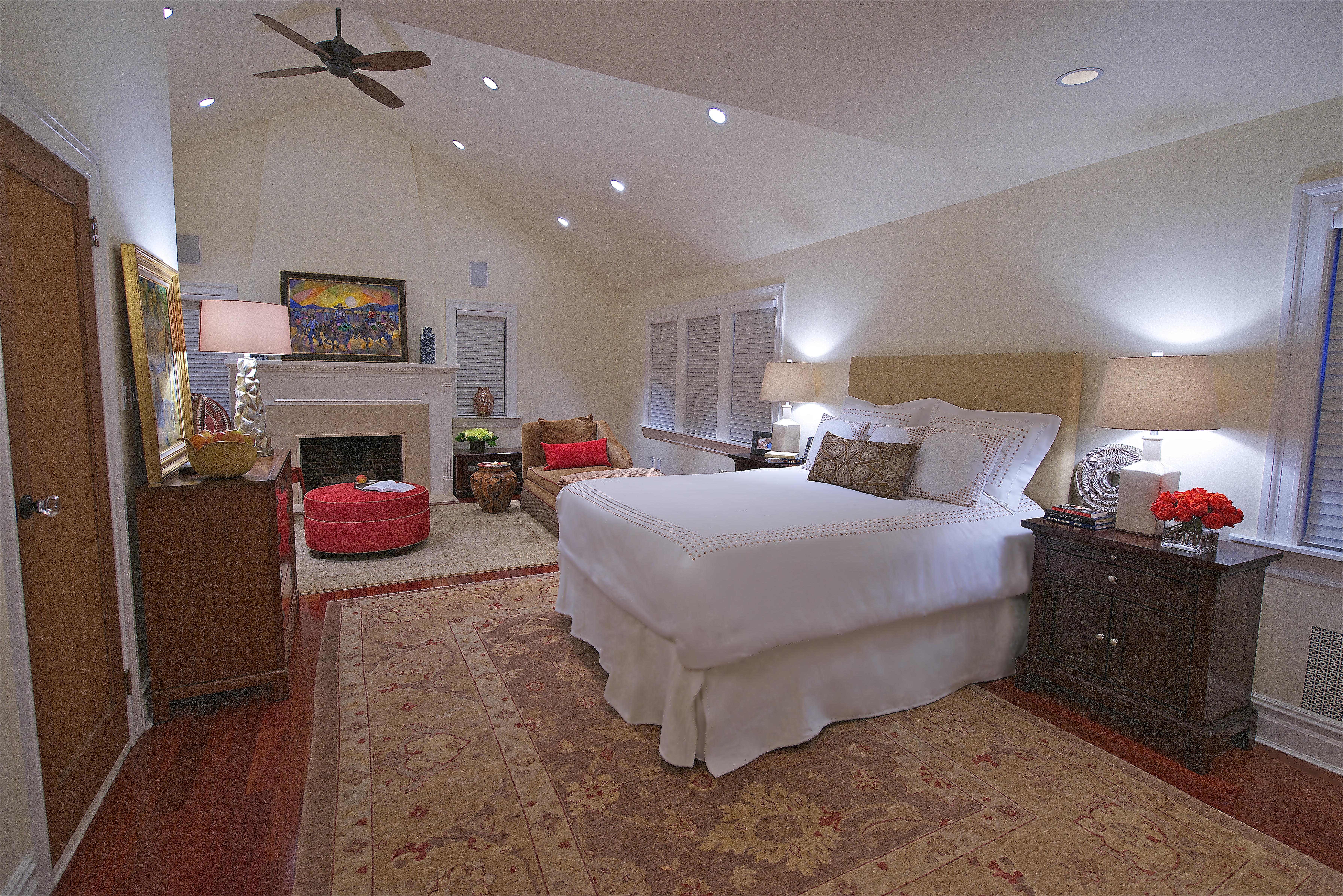_Second Floor_Master Bedroom Suite_DSC74