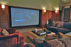 _Family Media Room_ViewScreen Seating_DS