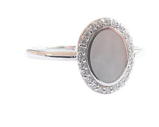 Assayed Mother of Pearl Ring
