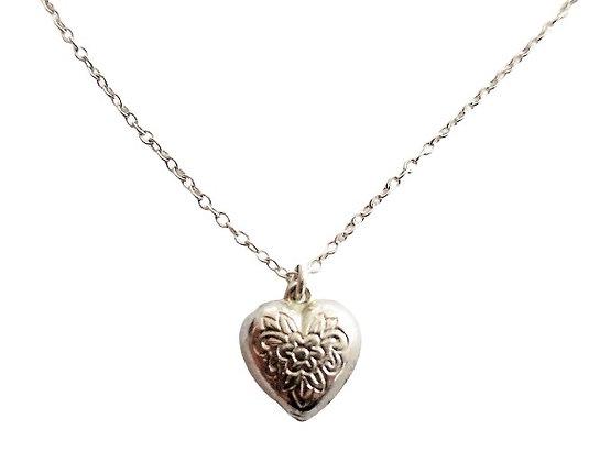 Vinatge Silver Heart Locket Necklace