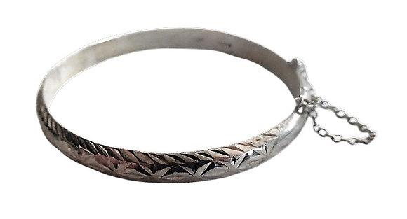 Assayed Silver Patterned Bangle