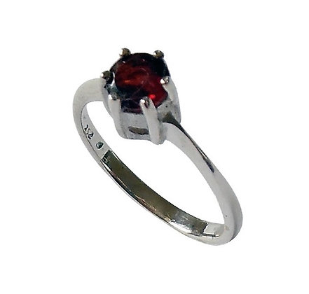 Assayed Silver Garnet Ring Red Solitaire