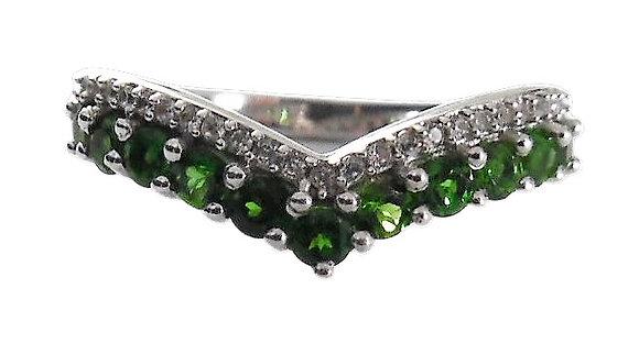 Gem Wishbone Ring Green