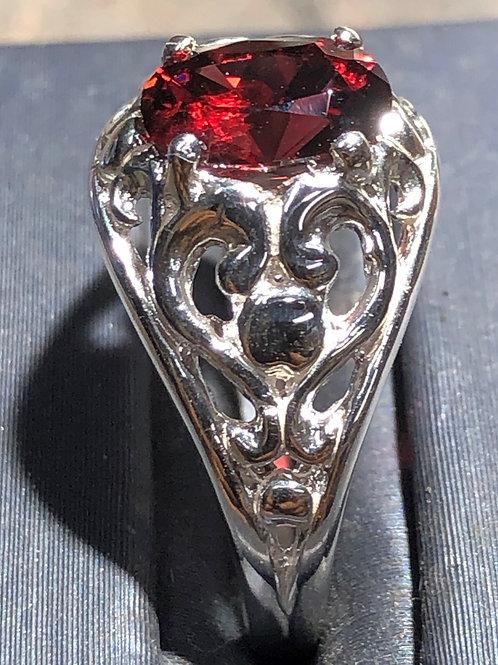 1.59 ct. garnet sterling silver ring