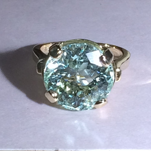 9.3 ct Aquamarine ring