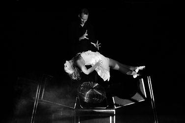 levitation illusion