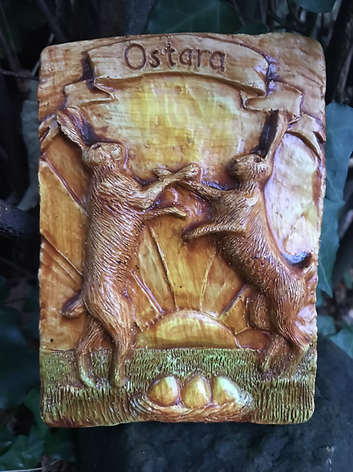 march hares boxing. Ostara  animal plaque in natural finish
