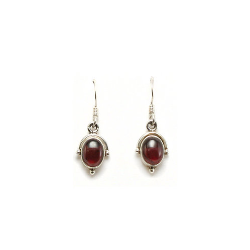 E10 Essential Oval Drop Earrings