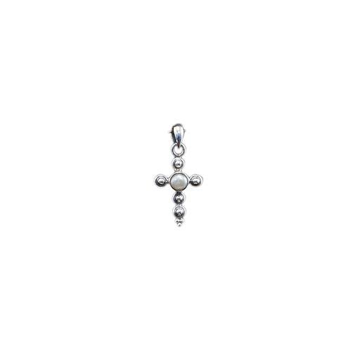 P149 Jeweled Cross Pendant