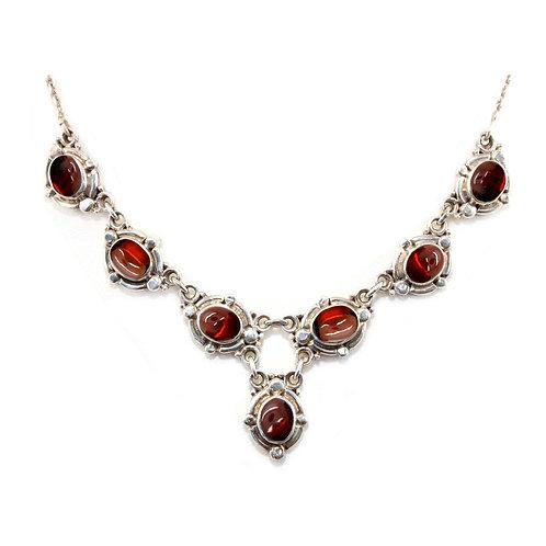 NI138 Oval Drop Necklace