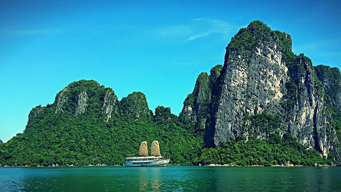 Ha Long Bay with the Family: Tips and Tricks if you're bringing the Kids