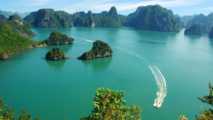 Halong bay - Something you have to know (Part 1)