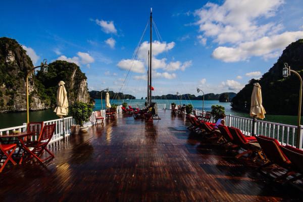 Holidays in Ha Long Bay, Vietnam