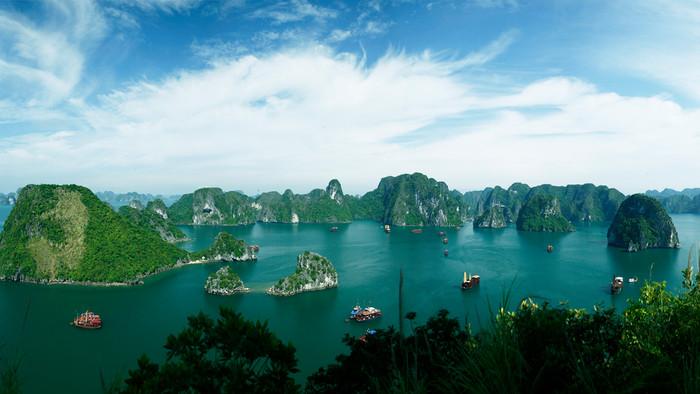 Ha Long Bay, Con Dao Islands among Best tourist destinations
