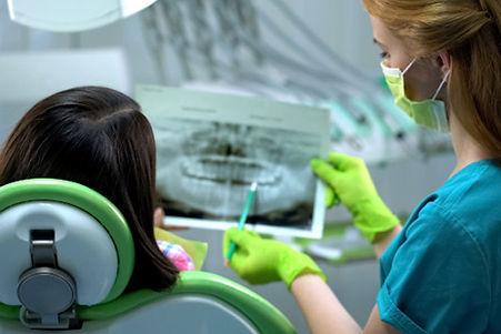 chirurgia-parodontale-cosa-è-e-quando-ri