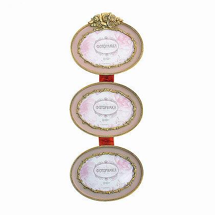 Тройная фоторамка в стиле прованс розового цвета с золотом