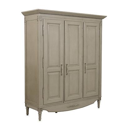 Шкаф трехдверный Густавьен