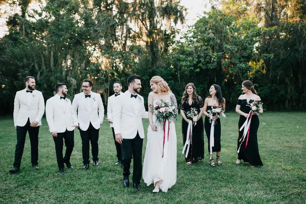 bridal party fun group pose