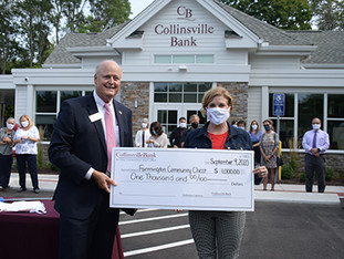 Collinsville Bank celebrates its Farmington location
