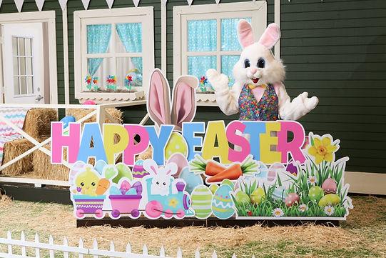 Kent Station Easter Bunny 2021-0618 (Med