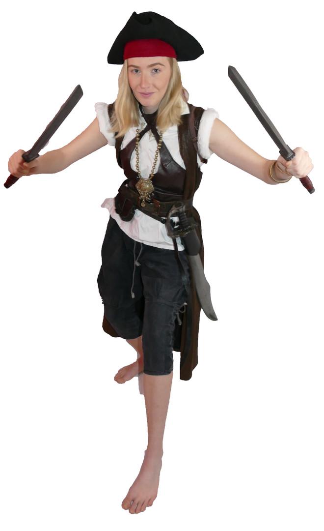 Female Pirate 01