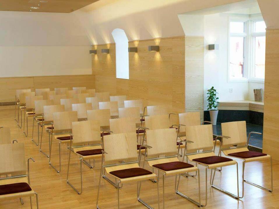 GTS-Festvåning-Konferens-stora-hörsalen.