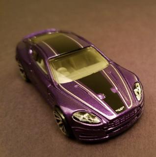 Aston Martin DBS.jpg