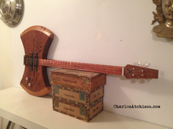 Axe guitar 4 string