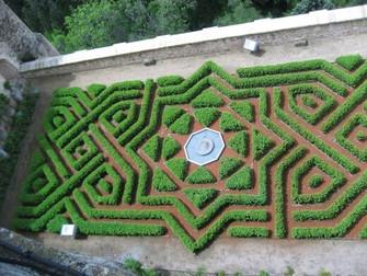 Labyrintti nimeltä Baabelista