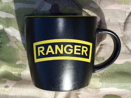 Two-toned coffee mug 16oz