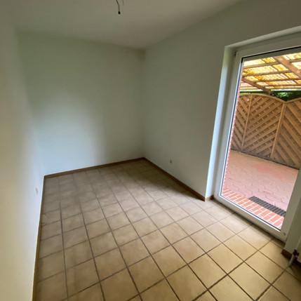 Kleines Zimmer leer Oldenburg Haushaltsauflösung.jpg