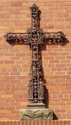Cross IMG_1593 (4).PNG