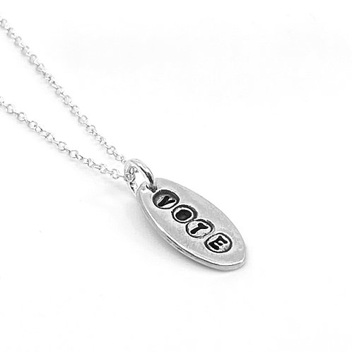 VOTE small oval necklace