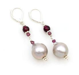 Grey Pearl Earrings.jpg