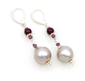 Grey Pearl Earrings.jpg