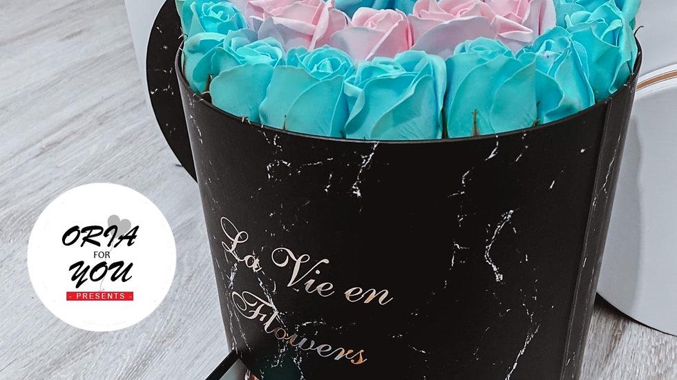 מארז פרחי סבון ושוקולדים - ענק