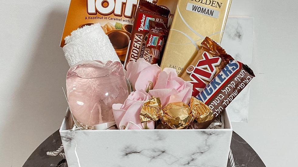 מארז לאישה - טיפוח ושוקולדים