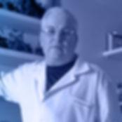 dr-efrain-300x326.jpg