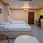 408 Twin bed.jpg
