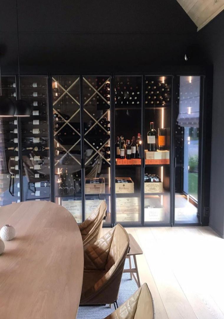 Stalen wijnkast gecombineerde verdelingen