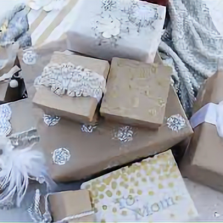 VSC: Gift Wrapping Fundraiser #2