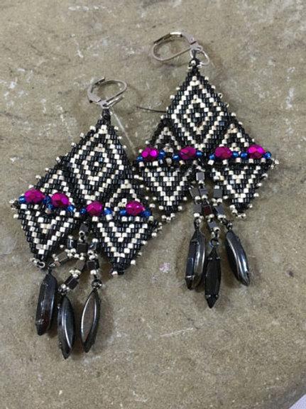 Tribal Assuit Inspiration Black