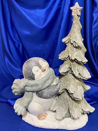 Pinguino con albero e luci, 36x19x25 cm