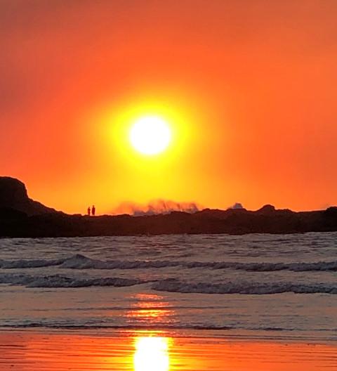 Two ar Sunset, Neon Beach