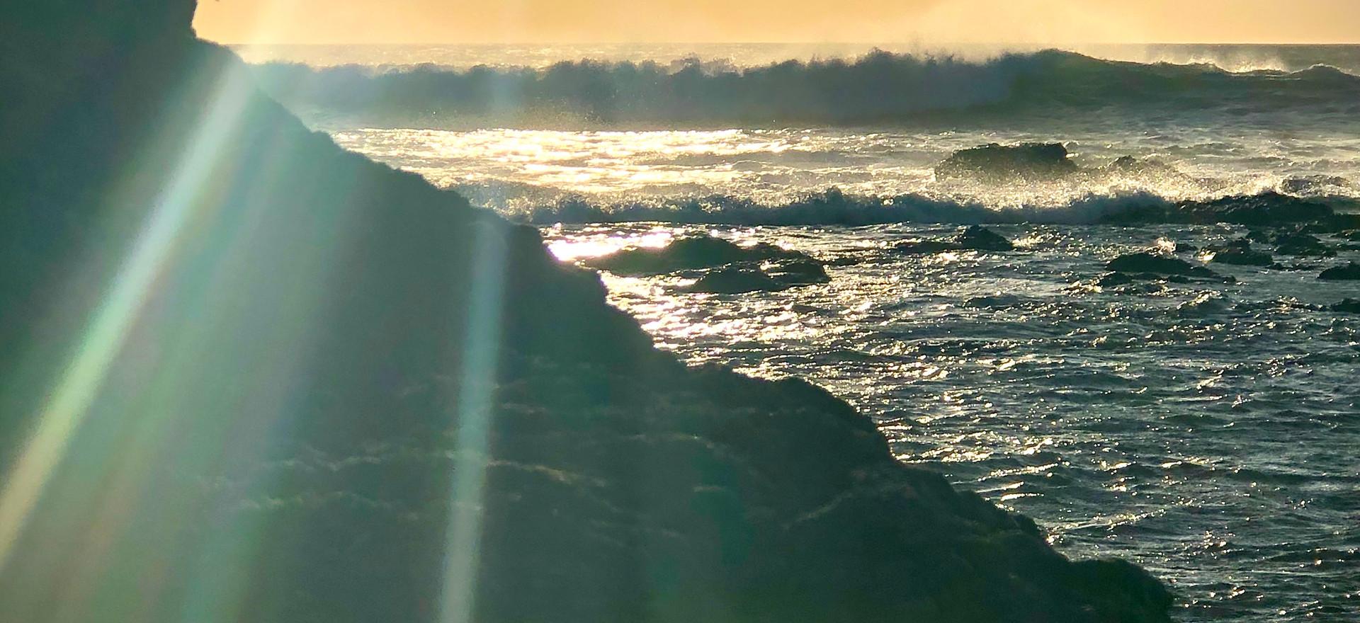 Tropical Sun Beams