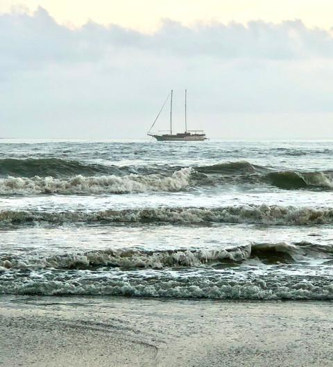 Ship at High Tide