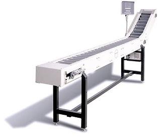 UF 9000 Polybagger - Bucket Infeed Conveyor